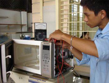 Sửa lò vi sóng