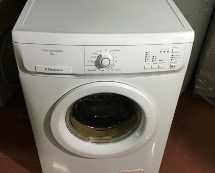 may giat electrolux ewf 8576 cu gia re 2
